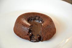 Palavras que enchem a barriga: Coulant de chocolate negro para um momento negro.