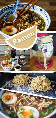 Frische Ramen-Nudeln in einer würzigen japanischen Suppe.