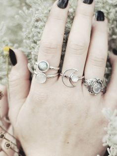 love all these rings :)