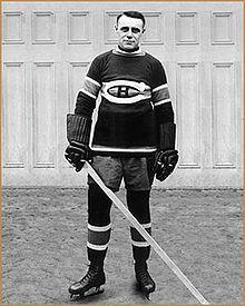 Who are the greatest hockey players in the history of the great sport of hockey? Hockey Games, Hockey Mom, Hockey Players, Ice Hockey, Montreal Canadiens, Joe Malone, Pittsburgh Penguins Hockey, Jonathan Toews, National Hockey League