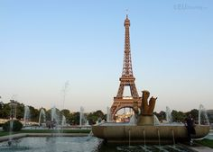 A view over the statues and water fountains at the Jardins du Trocadero, with the famous Eiffel Tower in the background.  To see more go to www.eutouring.com/images_jardins_du_trocadero.html