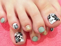 Easy Flowers Nail Art Designs - 100 pictures - Our Nail Cute Toe Nails, Toe Nail Art, Pedicure Designs, Toe Nail Designs, Feet Nails, Us Nails, Creative Nail Designs, Creative Nails, Feet Nail Design