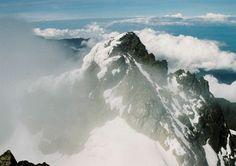 Uganda, Pohoří Ruwenzori, Pohled na Margharitu (5109m)