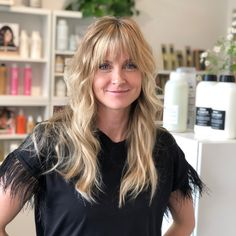 Blonde Balayage, Holly Jones Hair Design, Ombre, Highlights, layers, bangs Gold Blonde Hair, Golden Blonde, Blonde Balayage, Hair Designs, Hair Inspo, Bangs, Ombre Highlights, Hair Cuts, Long Hair Styles