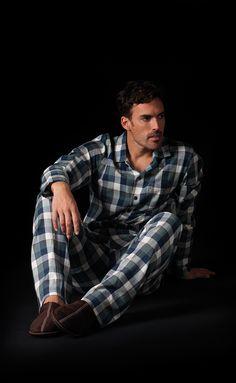 Pijama hombre en tela de algodón 100% y estampado de cuadros Soy Homewear #pijama #soy