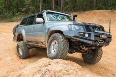 """#FlashBackFriday We took """"MR Y61's"""" #Nissan #Patrol out to some of the local Glasshouse Mountain #4WD tracks. https://www.facebook.com/groups/1585903905015003/"""