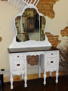 ANTIQUE VANITY WITH MIRROR - $425 (MCKINNEY TX)