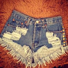 ♥♥ distressed shorts