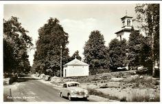 Värmland Eda kommun vägen vid Eda Kyrka 1950-talet Utg Arvika Pappers og Konsthandel