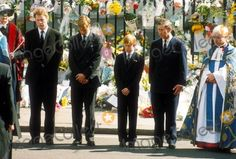 Photos of Princess Diana's funeral | Princess Diana's Funeral Westminster Abbey Crimean ... | Dianas funer ...
