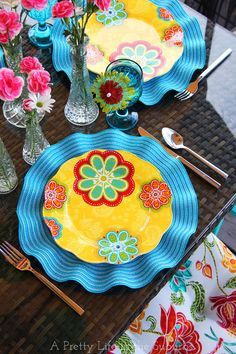 My Outdoor Oasis Summer Party!  //  Lots of decoration ideas and tips for an easy summer party! #Pier1OutdoorParty #Sponsored #MC