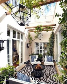 With the most suitable style and decor, you can make a lovely patio area for your home. You can receive the help, ideas, and the patio decor you will need to make the ideal area in your house. Decide where you would like your patio. Style At Home, Outdoor Patio Designs, Backyard Ideas, Backyard Seating, Balcony Ideas, Backyard Retreat, Pool Ideas, Alfresco Designs, Desert Backyard