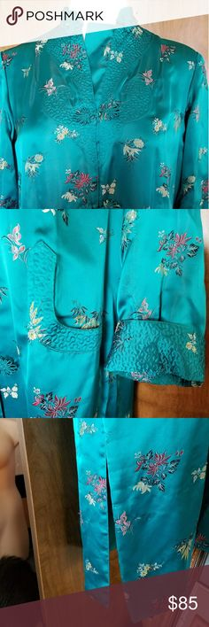 Made in Shanghai gorgeous 100% silk robe Heavy vintage Chinese silk robe in teal with beautiful quilting at collar, cuffs, pockets, and across bust. Fully lined with lightly padded shoulders, Chinese button closures, Mandarin collar, two side slits, two pockets, and turn-back cuffs. So beautiful. In excellent vintage condition. Tag says size 36 (bust). Peony Brand Intimates & Sleepwear Robes