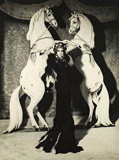 Marchesa Luisa Casati dresses as 'Empress Elisabeth of Austria' - 1935 - Photo by Man Ray - Man Ray, Marchesa, Elsa Schiaparelli, Takashi Murakami, Paolo Roversi, Tilda Swinton, Morgana Le Fay, Cecil Beaton, Marquise