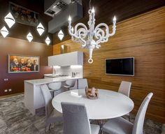 Натяжной потолок на кухне: лучшие реализации в интерьере и советы по выбору http://happymodern.ru/natyazhnoj-potolok-na-kuxne-35-foto-vybiraem-pravilno/ Natyaznyje_potolki_07