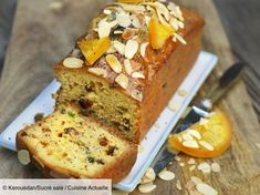 Orange cake and candied fruit - HQ Recipes Orange Recipes, Sweet Recipes, Cake Aux Fruits Secs, Fruit Confit, Mini Croissants, Bon Dessert, Candied Fruit, Cheesecake Bars, Cake Tins