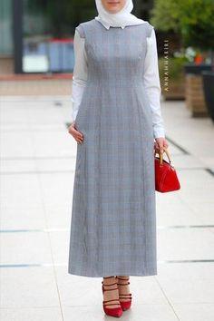 Modest Office Set uk designer fashion online discount clothing stores woman in islam arabian abayas islamic Abaya Dress Grey&Maroon Modern Hijab Fashion, Abaya Fashion, Muslim Fashion, Fashion Dresses, Mature Fashion, Fashion Top, Modest Fashion, Fashion Models, Fashion Trends