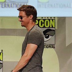 HOW DO YOU NOT LOVE THIS MAN? - Jeremy Renner at San Diego Comic Con 2014