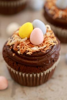 Spring Flourless Chocolate Cupcakes (Small Batch Cupcakes) Perfect for Easter and Passover celebrations. This recipe makes just 4 cupcakes and are so easy to decorate.