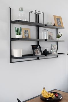 68 amazing decorating shelves 8 tips for decorating 22 Table Shelves, Cute House, Dining Table Design, Industrial, Home Organization, Room Inspiration, Shelving, Interior Decorating, Sweet Home