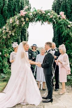 Bláthnaid & Dáire's beautiful outdoor Hand-Fasting Ceremony in Gloster House & Gardens, Ireland. Kleinfeld Dresses, Personal Wedding Vows, Wedding Rituals, House Gardens, Wedding Music, Outdoor Ceremony, Garden Wedding, Bride Groom, Ireland