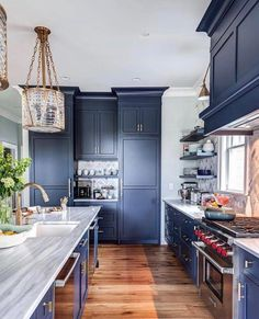 Benjamin Moore Hale Navy Paint Color Ideas - Host your website with VPS Hosting which can accomodate ten thousands visitors a day - Hale Navy Benjamin Moore painted kitchen cabinets Navy Kitchen Cabinets, Kitchen Cabinet Colors, Painting Kitchen Cabinets, Kitchen Paint, Kitchen Colors, New Kitchen, Kitchen Decor, Kitchen Ideas, Awesome Kitchen