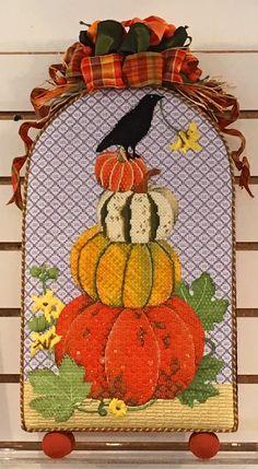 stacked-pumpkins-1.gif 800×1,456 pixels