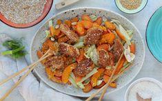 Kokos Hendl Schnitzel auf Gemüse mit Vollkorn Brösel von LAND-LEBEN Easy Meals, Cooking, Life, Recipies