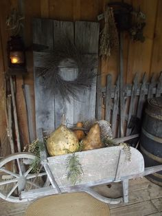Front porch decorating for Fall 2013