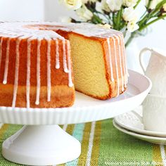 Today On Parade This amazing lemon sour cream pound cake is a recipe from my just released Melissa's Southern Cookbook. This cookbook was a labor of love as I share some of my own family's favorite (Favorite Cake Sour Cream) Banana Pudding Cream Cheese, Lemon Sour Cream Cake, Lemon Cream Cheese Pound Cake Recipe, Scones, Pound Cake Recipes, Pound Cakes, Frosting Recipes, Cake Servings, Cake Ingredients