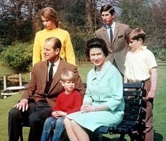Family memories: April 1968, The Royal Family in the grounds of Frogmore House