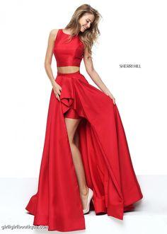 Hermosa niña de rojo