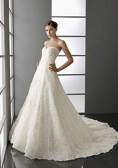 Elegante Encaje Cari?o Apliqué De Cuentas Bordado Cola De Corte Vestido De Boda $292.99 Vestidos de novia cari?o