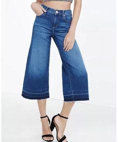 993b03e3caec89 New Express Jeans High Rise Released Hem Denim Culottes Size 0 Crop Raw Hem  XS