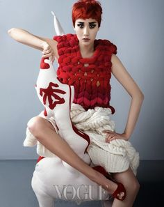 Wool Evolution, Vogue Korea November 2013 Editor: Kim Mi-jin Photographer: Hyea W. Kang Makeup: Lee Ji-young Hair: Lee Enoc Set Stylist: Da;rak Model: Han Hye-jin, Lee Hyun-yi, Kang So-young, Kim Won-kyung