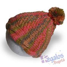 Conjunto tejido para bebé No.7 Gorro para bebe tejido a mano en lana  acrílica