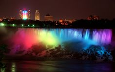Niagara Falls showing its support for newly-wed LGBT couples <3