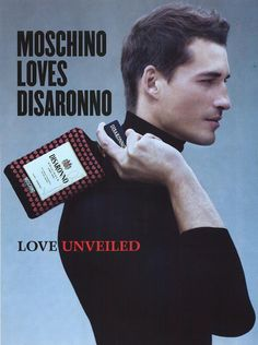 Reklama perfum Moschino Disaronno