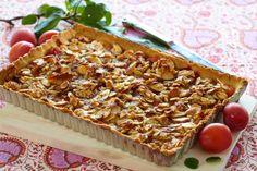 Norske plommer er en ren nytelse. Det er også denne knasende gode dessertpaien… Apple Pie, Banana Bread, Baking, Desserts, Food, Pai, Tailgate Desserts, Apple Cobbler, Patisserie