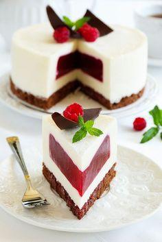 No-Bake Flotatina Recipe - Check out these delicious no-bake flotatina recipes… Cake Cookies, Cupcake Cakes, Cheesecake Recipes, Dessert Recipes, Jello Cheesecake, Raspberry Cake, Raspberry Mousse Cake Filling Recipe, Strawberry Cakes, Tasty