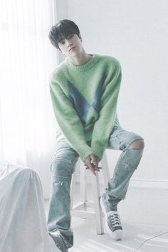 Sacs Louis Vuiton, Jung Jaewon, Photo Scan, Indie Scene, Hyun Suk, Treasure Maps, Boyfriend Pictures, Korean Outfits, Boyfriend Material