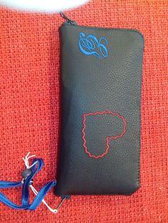 ES hand gemaakte leren portemonnee voorzien van veel vakken voor passen en mobiel.