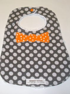 Bow tie bib - love these colors.
