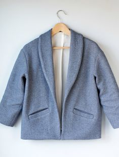 In a manner of sewing: Coatigan Silvia by Schnittchen, shortened with single welts Coatigan, Oversized Coat, Schneider, Outerwear Women, Lining Fabric, Manners, Welt Pocket, Shades Of Blue, Wool Blend
