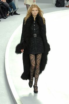 Chanel Fall 2008 Ready-to-Wear Collection Slideshow on Style.com