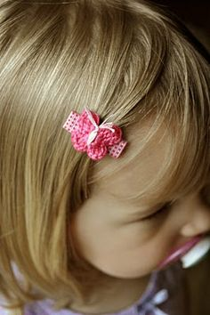 Such a cute idea! #Crochet a little butterfly hair clip for a little girl.