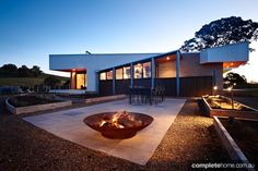 Featured on the LifeStyle Channel's Grand Designs Australia, Mansfield House is a perfect example of Interior Architecture, Interior And Exterior, Interior Design, Grand Designs Australia, Modern House Design, Modern Houses, Inside Outside, Home Art, Countryside