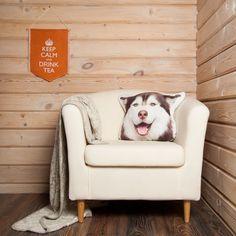 Siberian Husky Pillow Linen Throw Pillow Dog Lover by Casacova Dog Cushions, Dog Pillows, Throw Pillows, Closer To Nature, Animal Decor, Inspired Homes, Natural Linen, Linen Fabric, Pet Dogs