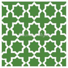 Green and White Lattice Design:Saundramylesart