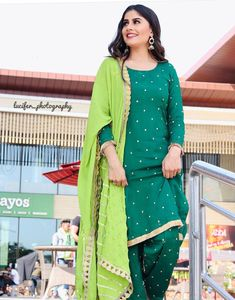 Designer Punjabi Suits, Punjabi Salwar Suits, Pakistani Dresses, Indian Dresses, Embroidery Suits Punjabi, Embroidery Suits Design, Salwar Designs, Kurti Designs Party Wear, Dress Indian Style